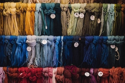 Aybel Fabric Dye 510 maranda-vandergriff-YeWfFANhSUo-unsplash-min
